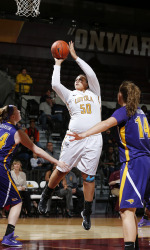 Late Comeback Falls Short As Georgia Tech Downs Loyola, 84-77